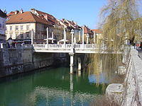 Ljubljana Cobbler's Bridge.JPG