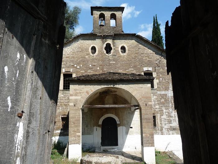 Kisha e Shën Mërisë (Bënjë, Përmet).jpg