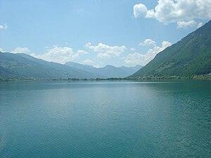 Liqeni i Plavës  300px-Foto-p