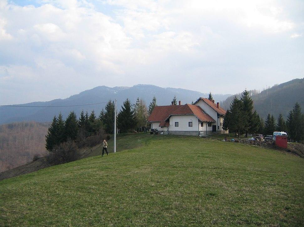 Planinarski dom HK Krusik Medvednik (3)