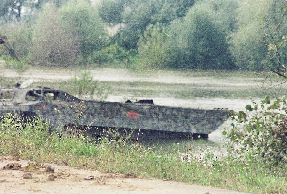 Операција Уна 95 - уништен хрватски ПТС-М (Доња Градина, 19-септембар-1995).jpeg