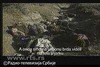 Телевизиске екипе и посматрачи долазе до брда Бабуш где проналазе посмртне остатке