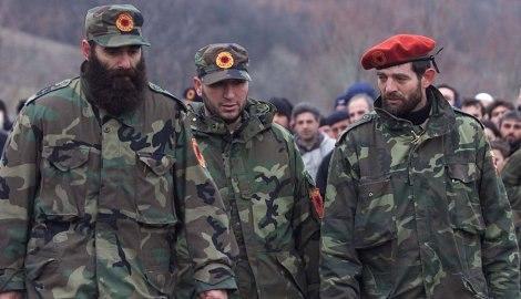 Ridvan Ćazimi, Šefket Musliju (u sredini) i Muhamed Džemailji (sa crvenom kapom)