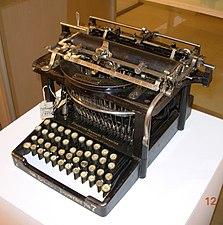 Pisaća mašina Remington standard