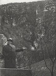Stevan Kragujevic, Tito, Secanje na pecinu, Drvar, 1966