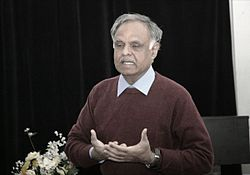 Selva at Jan 2011 Toronto taWiki Workshop 2.JPG