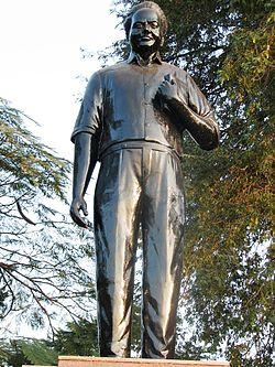 శ్రీశ్రీ ట్యాంకుబండ్ పై