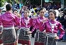 ชาวไทยเชื้อสายลาว ในชุดพื้นเมืองล้านช้าง