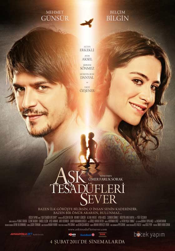 Aşk Tesadüfleri Sever Film Afişi.jpg