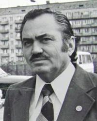 Kemal Türkler mezarı başında anıldı