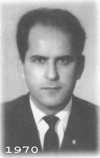 https://upload.wikimedia.org/wikipedia/tr/d/d5/Fakir_baykurt_1970.png