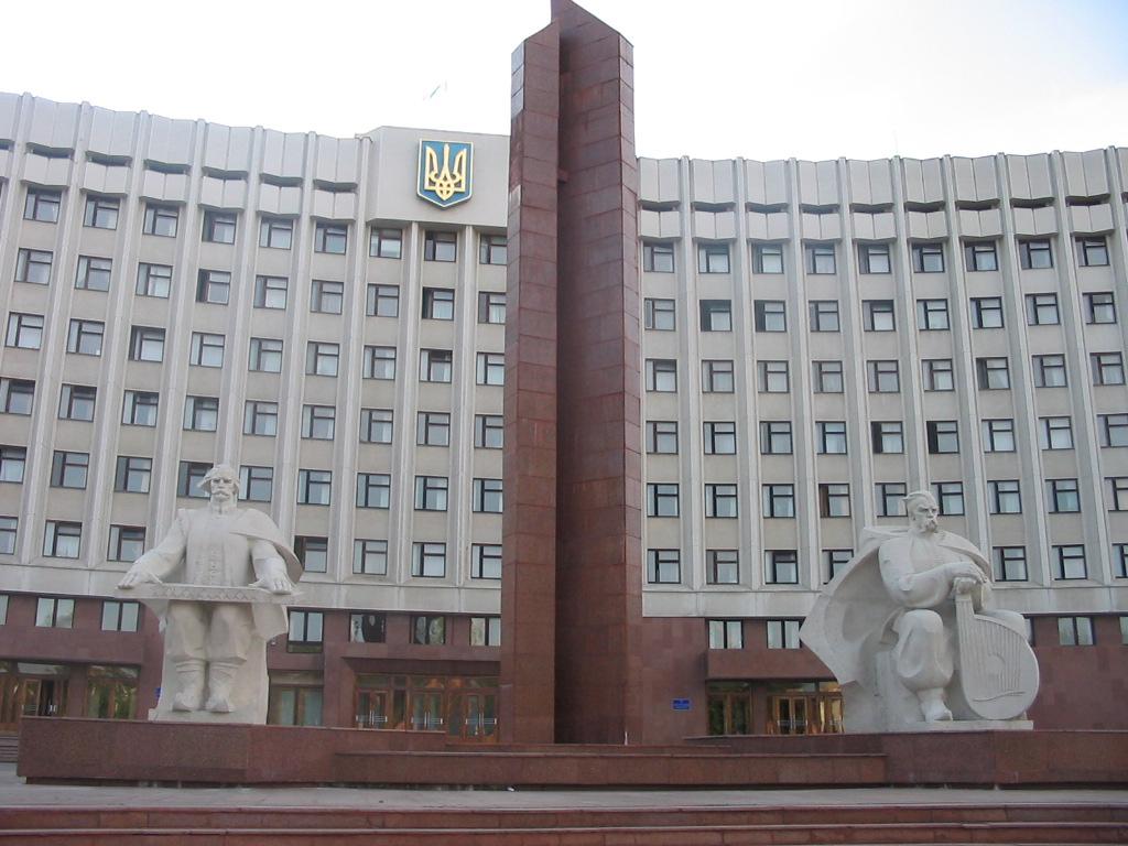 На виїзній сесії обласної ради депутати відвідають два інтернати