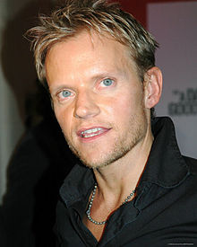Marc Warren.jpg