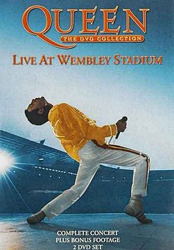 Queen at Wembley 1986.jpeg