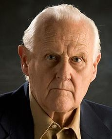 Peter Vaughan.jpg