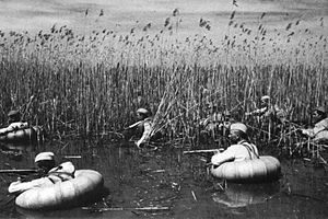 Soviet reconnaissance troops overcame river. 1943.jpeg