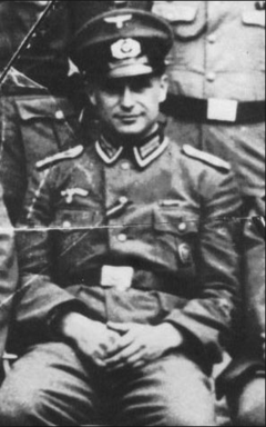 Klaus Barbie September 1930.png