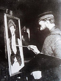 345 maurice langaskens photo of the belgian artist 1916.jpg