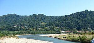 Місце впадіння річки опір на