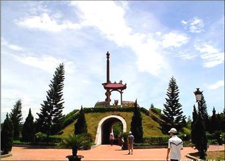 Thành cổ Quảng Trị- tuyến điểm miền Nam