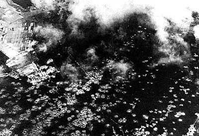 Tập tin:Ho bom B52.jpg