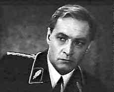 Vyacheslav Tikhonov trong phim Mười bảy khoảnh khắc mùa xuân