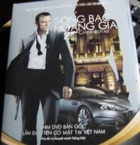 Bìa DVD Sòng bạc hoàng gia VN