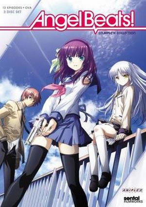由隸屬Sentai Filmworks的Section23 Films所發售的DVD動畫光碟全集其封面,從左至右分別是作為主要角色的音無結絃、仲村百合以及立華奏(天使)。