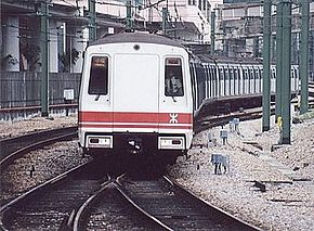 港铁市区线英国制列车