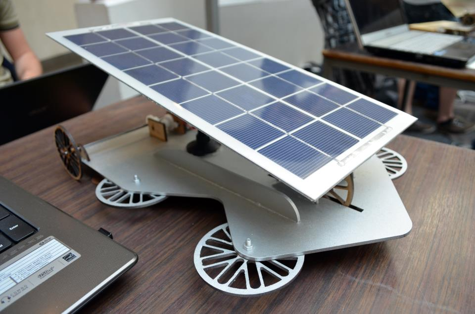 Build A Car >> Engineering Experience 4: Design a Small Solar Vehicle/Nl/2013: Team PM10 - Wikiversity
