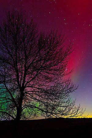 Plasmas/Plasma objects/Auroras - Wikiversity