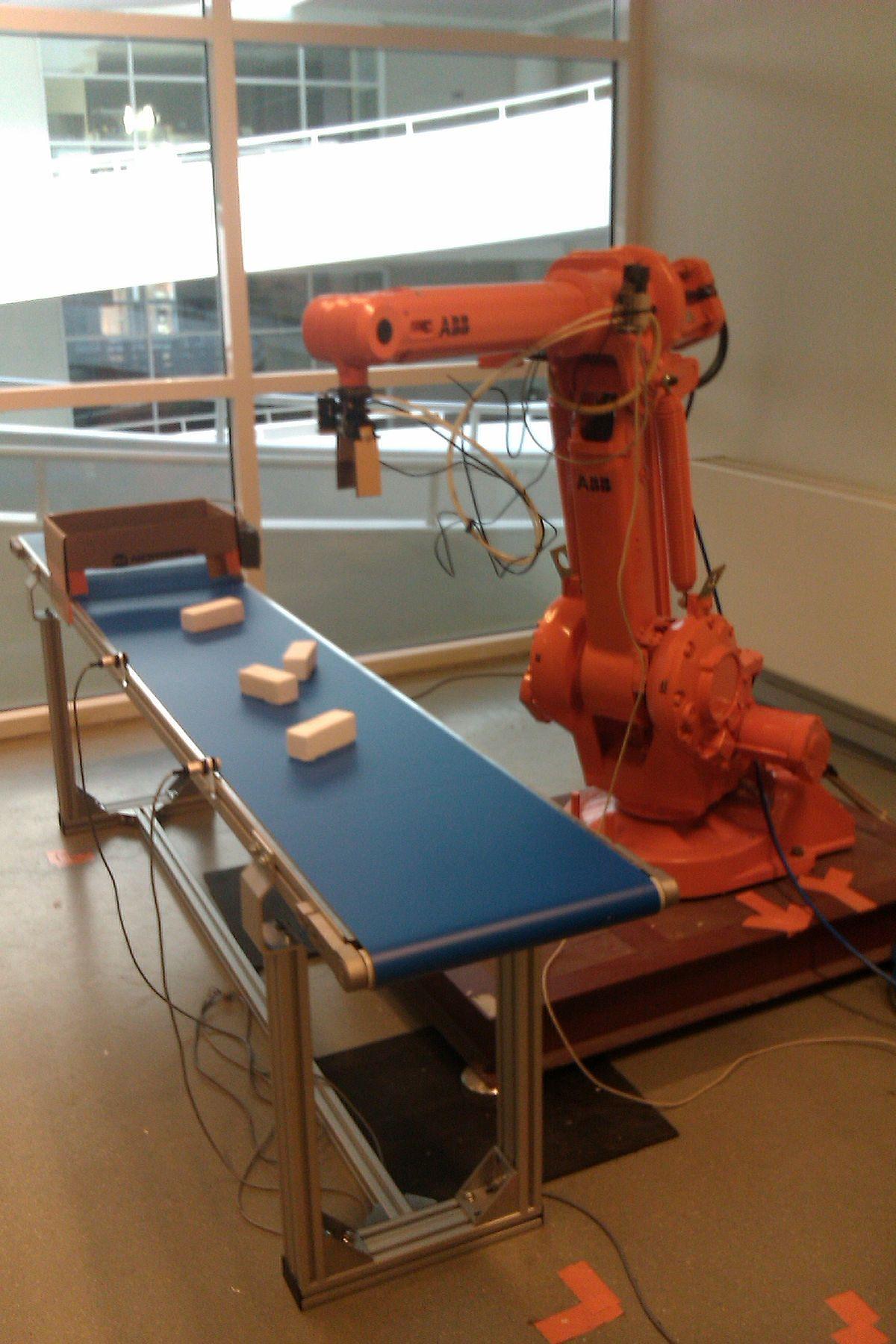 RobotWorx - ABB IRB 1400